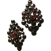 Fine Vintage Earrings Wine Red Garnet Clusters set in Vermeil with Earwires