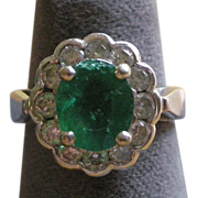 Vibrant Emerald Surrounded by Diamonds Ring 14K White Gold- Professional Appraisal: $4,500