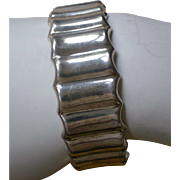 Modernistic Sterling Silver Hinged Bangle Bracelet Ruffled Design Made in Mexico