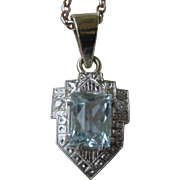 Elegant Edwardian Aquamarine Pendent Necklace 14K White Gold, Diamonds