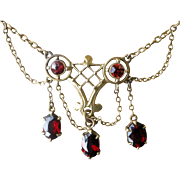 Exceptional Victorian Festoon and Dangles Necklace 14K Yellow Gold and Garnets