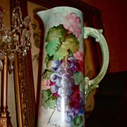 Belleek Ceramic Art Company Red/Purple Grape Tankard