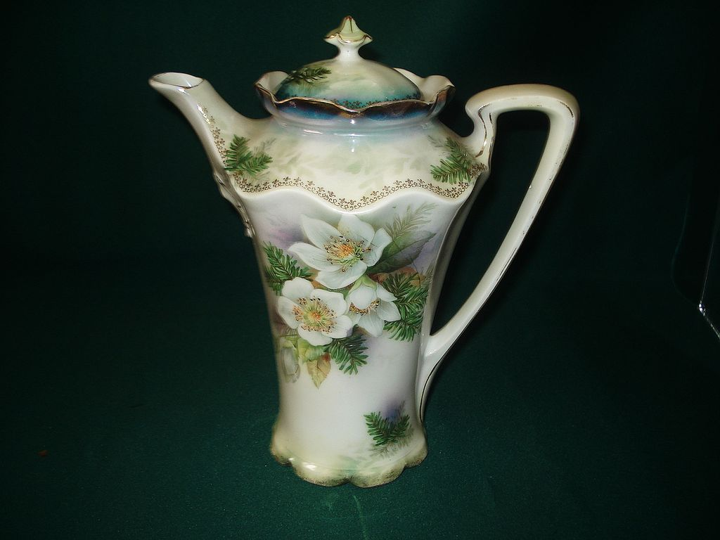 Prussia Red Mark Chocolate Pot Dogwood & Pine Pattern