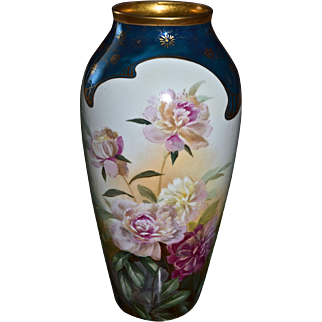 Pickard Rare Large Vase With Roses Signed by Leading Master Artist Gasper