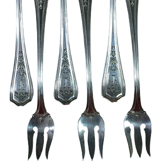 6 Oyster Seafood Forks Reed and Barton Hepplewhite Sterling Silver