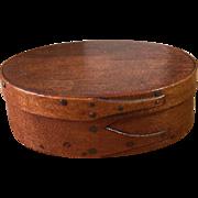 "Sweet Little Oval Shaker Box 3.5"" x 2.5"" 19th Century"