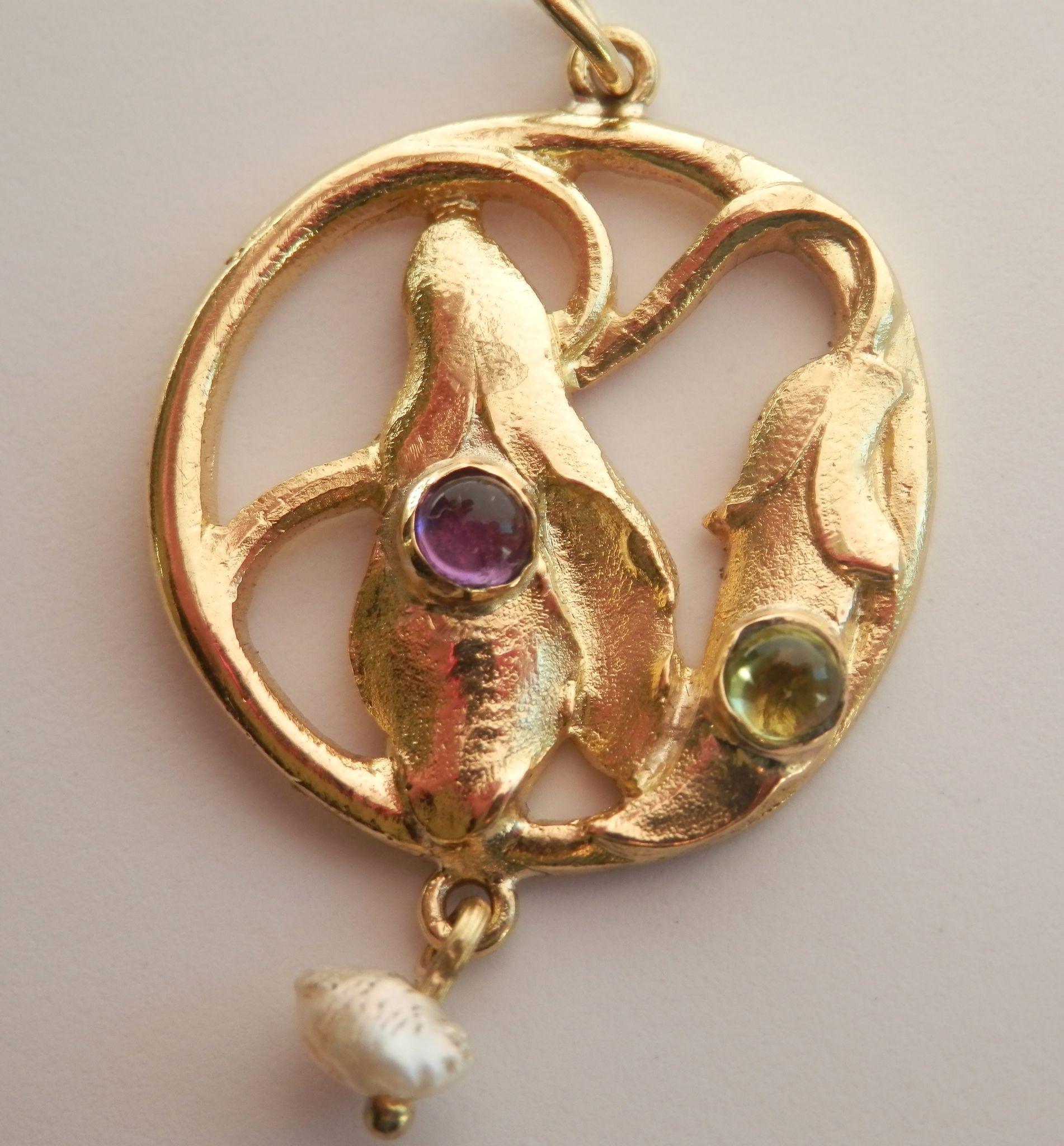 Final Markdown! Beautiful Art & Crafts 15K Gold Gem-set Flower Pearl Drop Pendant