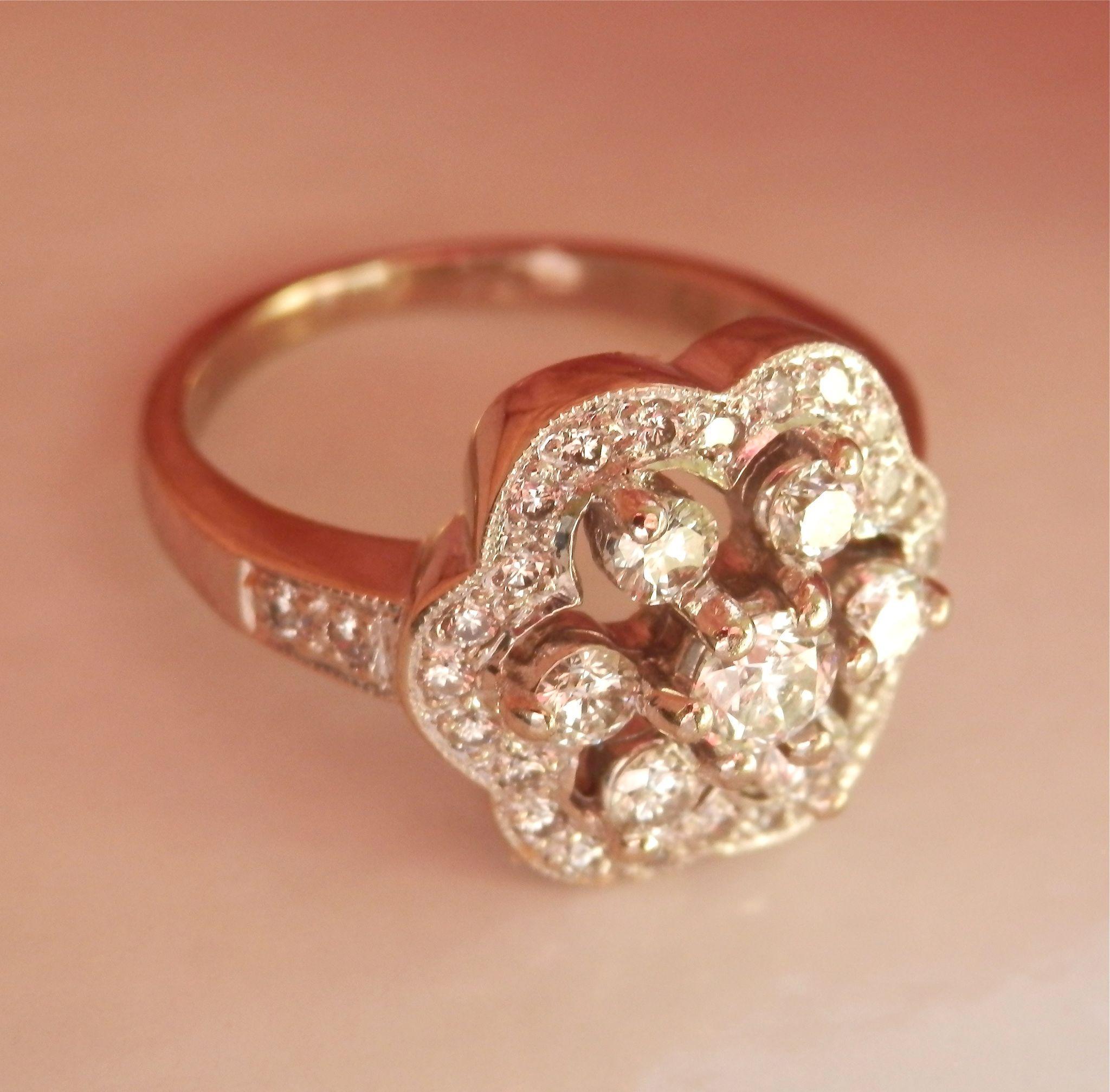 Fabulous Leslie Greene 18K W/Gold 0.86 Ct. Diamond Ring