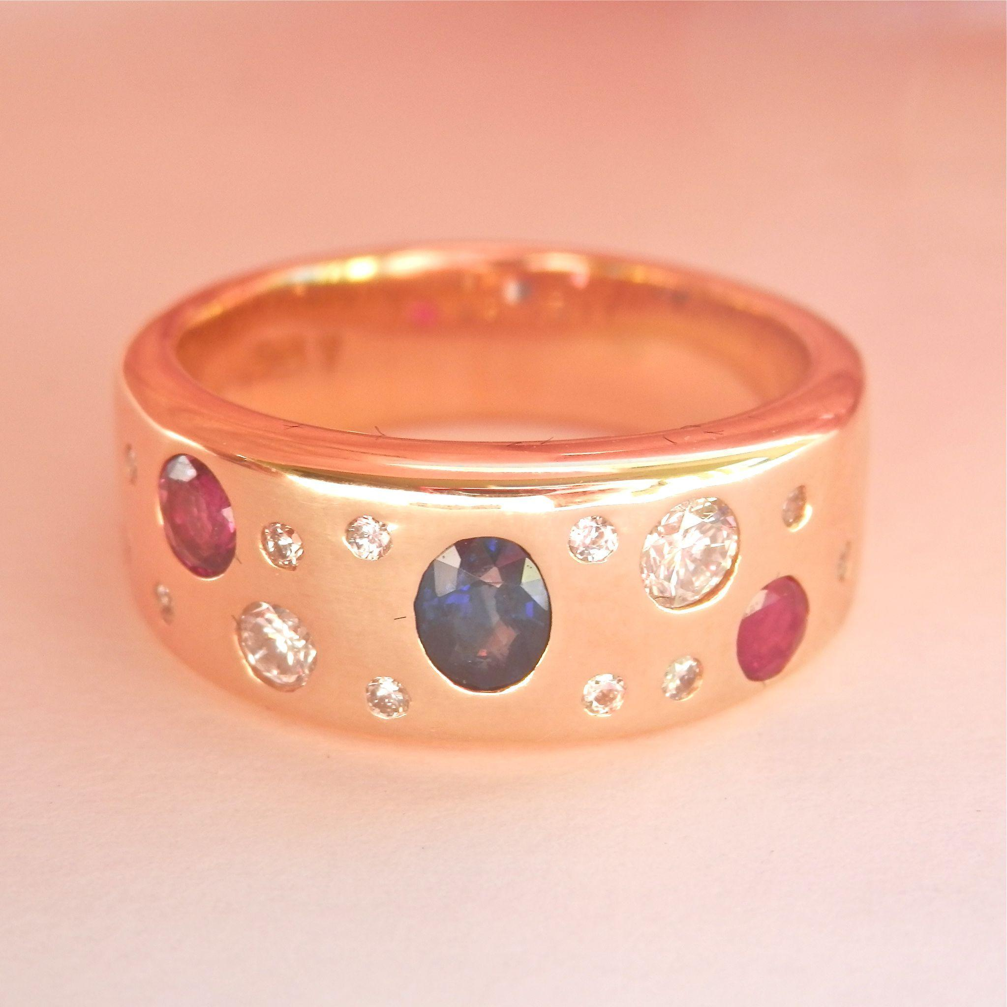Fabulous Heavy 18K Y/Gold Sapphire, Ruby, Diamond Band Ring