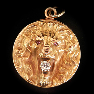 Striking Art Nouveau 10K Y/Gold Lion Diamond Ruby Locket Repoussé Pendant