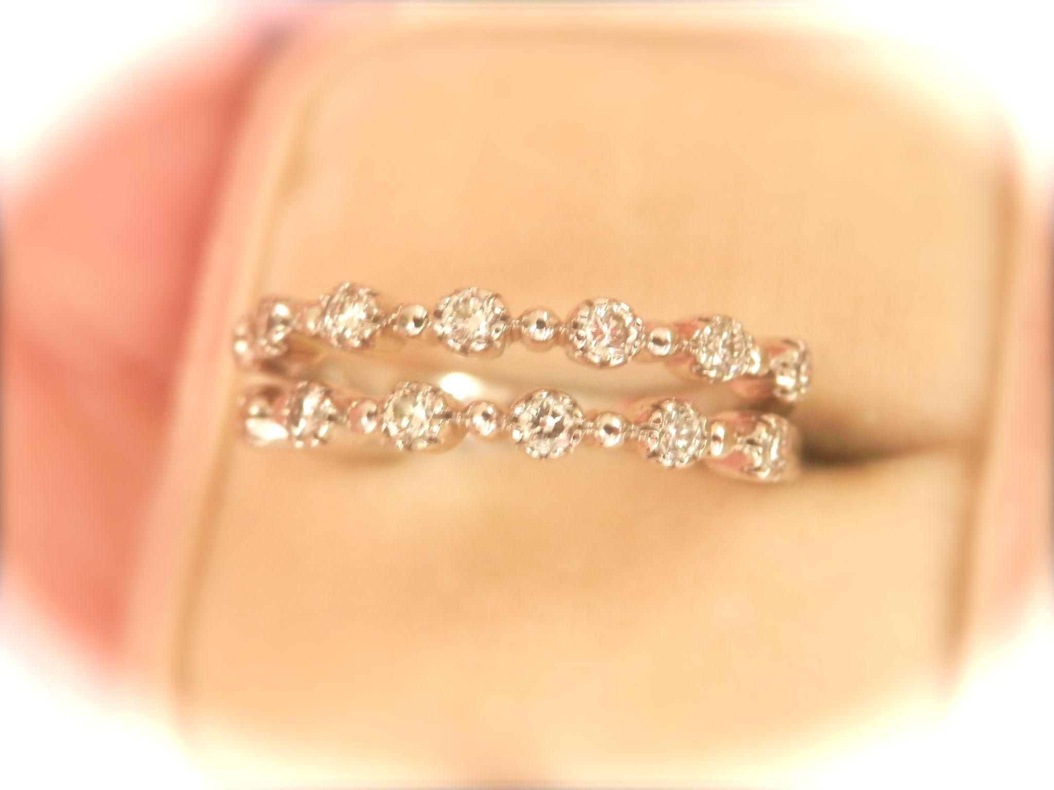 Lovely 18K W/Gold KWIAT Diamond Stardust Stacking Bands (2)
