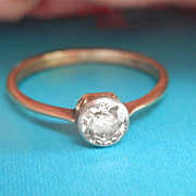 Glittering Antique 18K Gold Platinum 0.45 ct. Diamond Ring