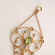 Beautiful Antique 9K Gold Peridot Seed Pearl Drop Pendant
