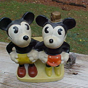 Amazing Disney Mickey And Minnie Mouse Toothbrush Holder