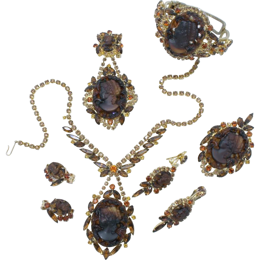 Juliana DeLizza & Elster Molded Glass Cameo Grand Parure