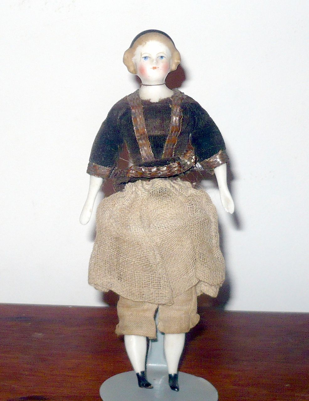 "5.5"" Blond Alice 1860 China DH Doll w Black Band Flat Boots Spoon Hands"