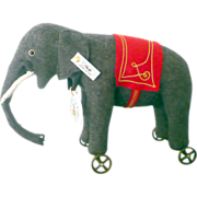 "8"" Steiff Club 1997 Elephant on Metal Wheels 420115"