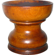 Early 19th Century Turned Wood Pounce Shaker Snow Flake Pattern Nice Surface and Patina