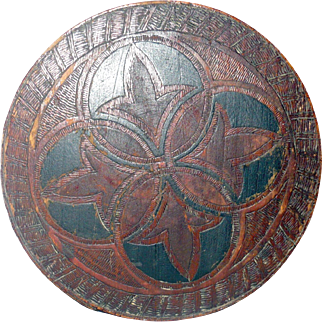 19th Century 6.5 Inch Round Lapped Bent Wood Pantry Box Chip Carved  Punched and Painted Compass Decoration