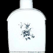 18th Century Chinese Export Porcelain Tea Bottle