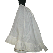 Linen Fashion Petticoat with Flounce and Train