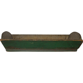23.5 Inch 19th Century Canted Side Wood  Apple Tray in Old Paint