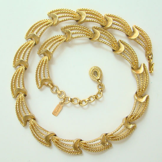 Vintage Monet Gold Tone Choker Link Necklace Scrolls Never Worn 16 Inch