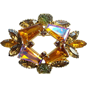 Vintage Keystone Tapered Baquette Aurora Borealis Rhinestone Topaz Brooch Unsigned Beauty
