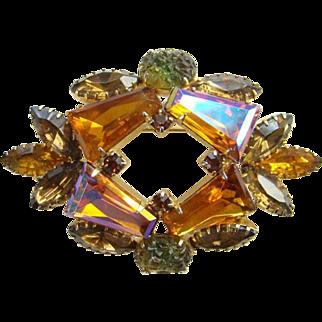 Vintage Keystone Tapered Baquette Aurora Borealis Rhinestone Topaz Brooch Unsigned Beauty