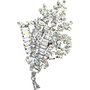 C1960 Juliana DeLizza + Elster Clear Ice Rhinestone Floral Brooch Brilliant