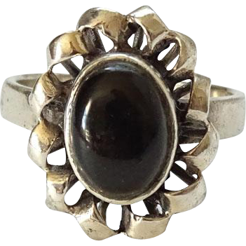 Vintage 925 Sterling Silver and Black Onyx Ring Size 6.5