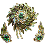 Dynamic Juliana Delizza & Elster Brooch Earrings Green Rhinestones