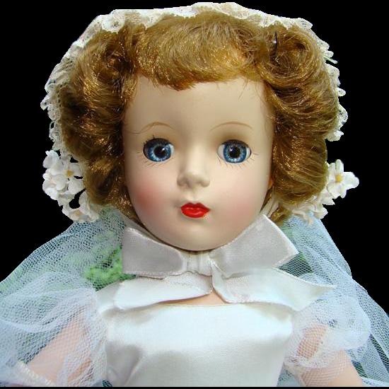 Stunning 1951-55 Madame Alexander Margaret Face Bride Doll 15 Inch in Original Gown