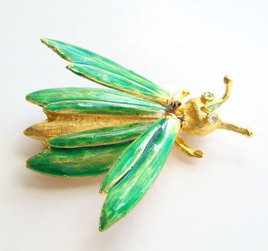 Vintage Fanciful Figural Green Enamel Grasshopper Insect Trembler Pin Brooch