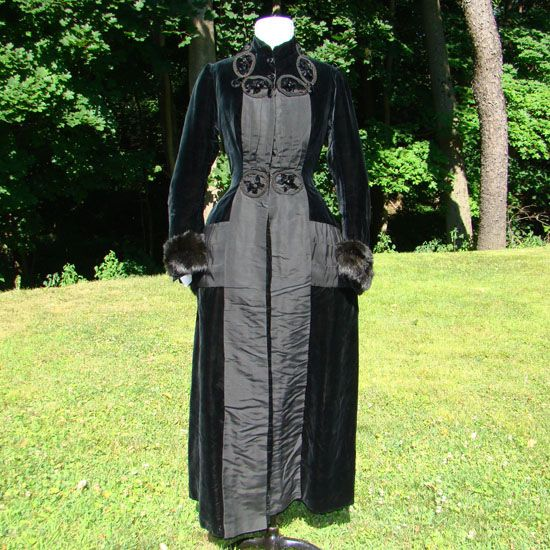 Victorian 19thC Bustle Back Black Velvet Coat Silk Lavish Trim Museum Quality