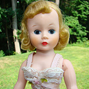C1958 Madame Alexander Basic Cissette Doll Chemise Blonde in Original Box