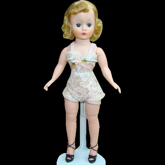C1958 Madame Alexander Basic Cissette Doll Chemise Blonde in Original Box