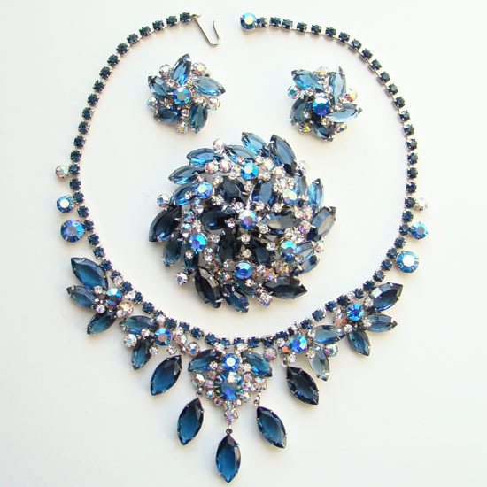 Juliana DeLizza & Elster AB Blue Rhinestone Parure Set Brooch Necklace Earrings