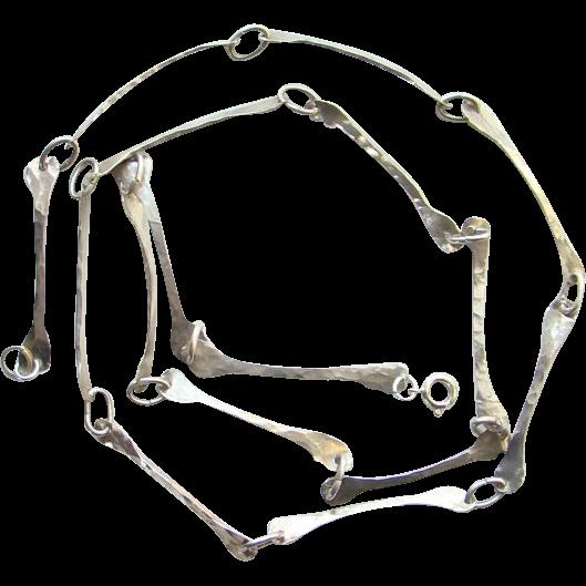 Vintage Studio Artist Sterling Silver Modernist Link Necklace Bone Shape 29 Inch