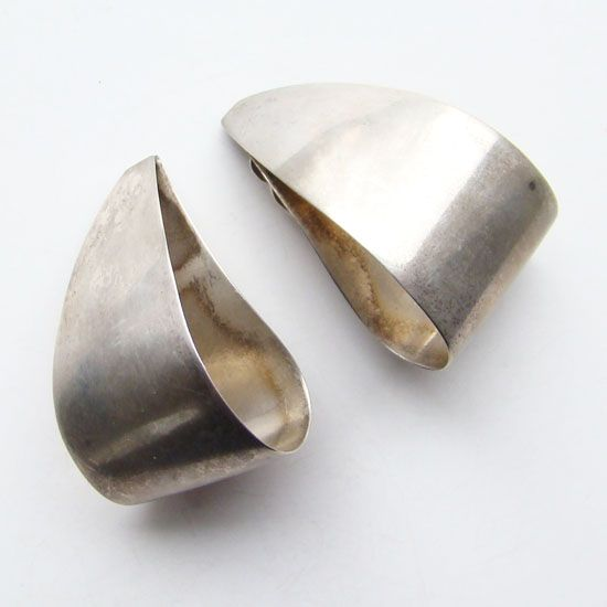 C1960-70 Vintage Taxco Mexico Earrings Sterling Silver OMA  TM-212 Signed
