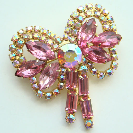 Vintage Pink Rhinestone Bow Pin Brooch Aurora Borealis Pretty Unsigned