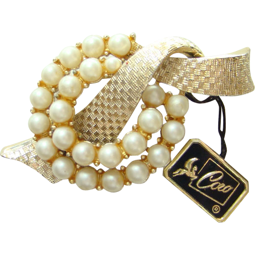 Vintage Coro Pin Brooch with Hang Tag Goldtone Faux Pearls C1970s