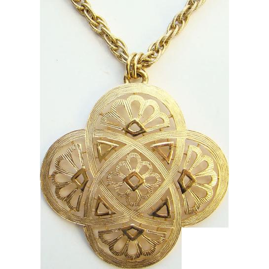 1970s Crown Trifari Celtic Knot Gold Tone Pendant Necklace