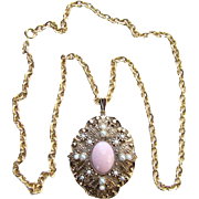 1974 Avon Queen Anne's Lace Pendant Necklace Signed