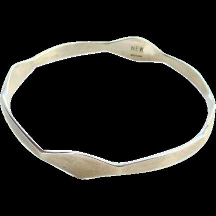 Vintage Sterling Silver Bangle Bracelet Modernist Style Design Marked N.E.W.