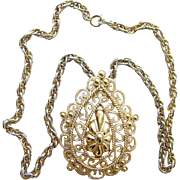 Classic Vintage MOD 1970s Trifari Runway Gold Tone Pendant Necklace Signed