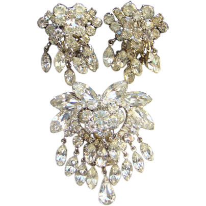 Juliana DeLizza Elster Clear Rhinestone Brooch Clip Earrings Set Lots of Dangles