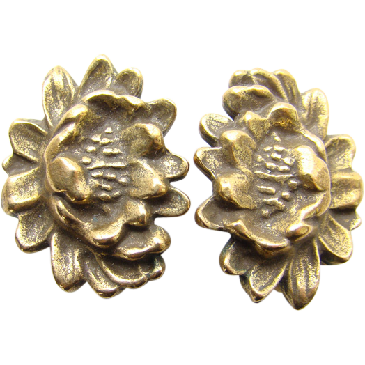 Vintage Coro Clip Back Earrings Gold Plated Stylized Flower Design Pre 1955
