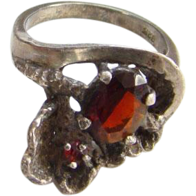 Vintage Old Art Nouveau Style Sterling Silver Garnet Ring Size 6 Marked 925