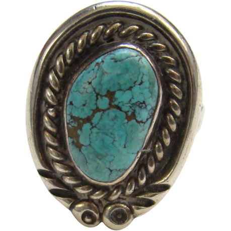 Vintage Southwestern Turquoise and Sterling Silver Ring Size 6